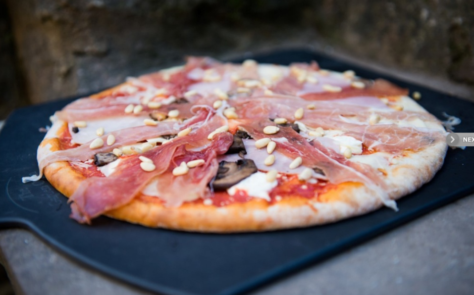 Copy of hire out our pizza oven, peels, pins & logs and enjoy a pizza making session on site - firewood provided.  Doughs, cheese, sauces, toppings etc can be provided