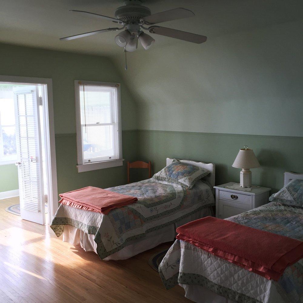 Rooms-1.jpg