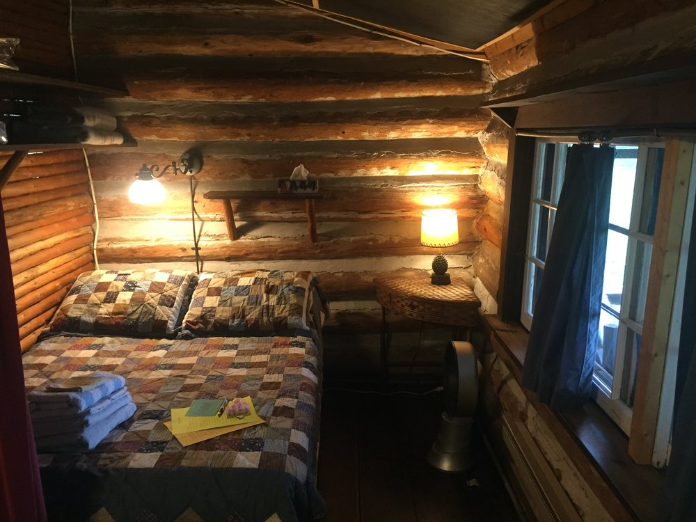 The Sabrina Ward Harrison Cabin - Rustic, private cabin by the lake. Small bathroom attached.