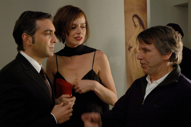 (l - r) Scott, Lara Harris & dir. Sean Cunningham
