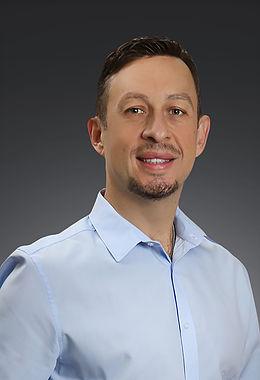 Dr. Luis Camacho