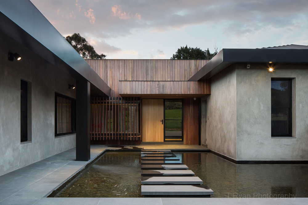 Daniel Ash Architects' - Directors' Residence