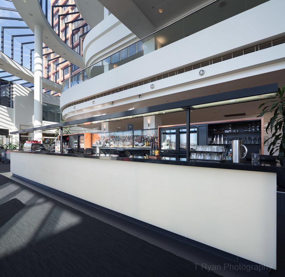 Grand Chancellor Bar, Hobart - Morrison & Breytenbach Architects