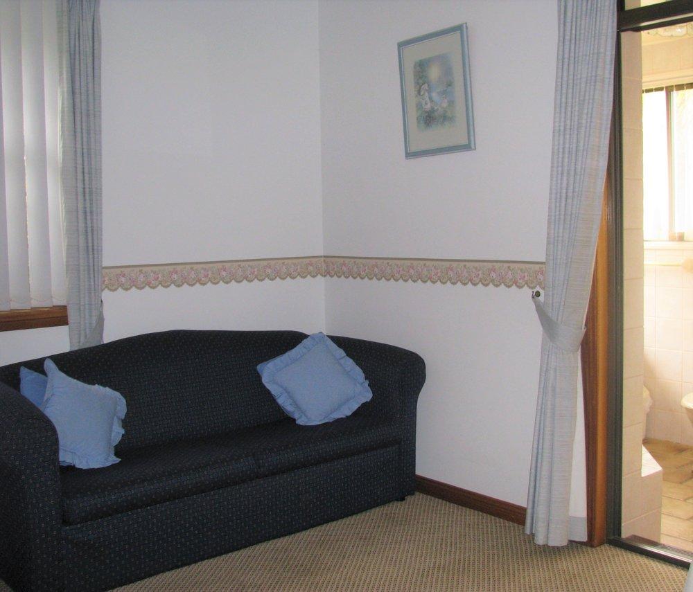 Spa suite sitting room