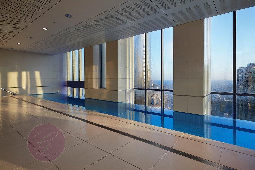 40th floor swimming pool