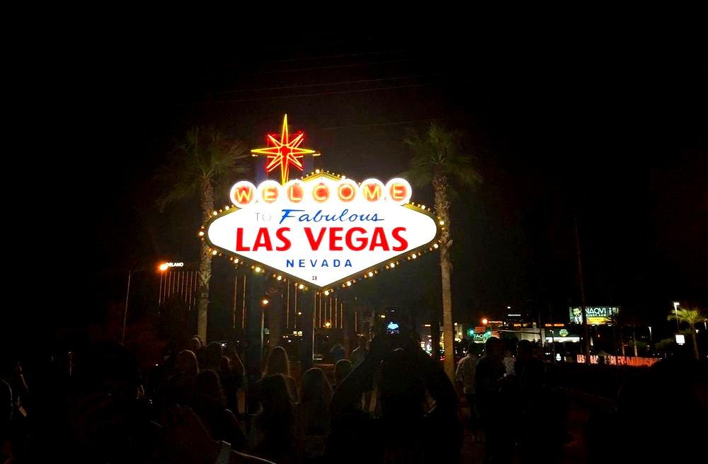 Las+Vegas+sign.jpg