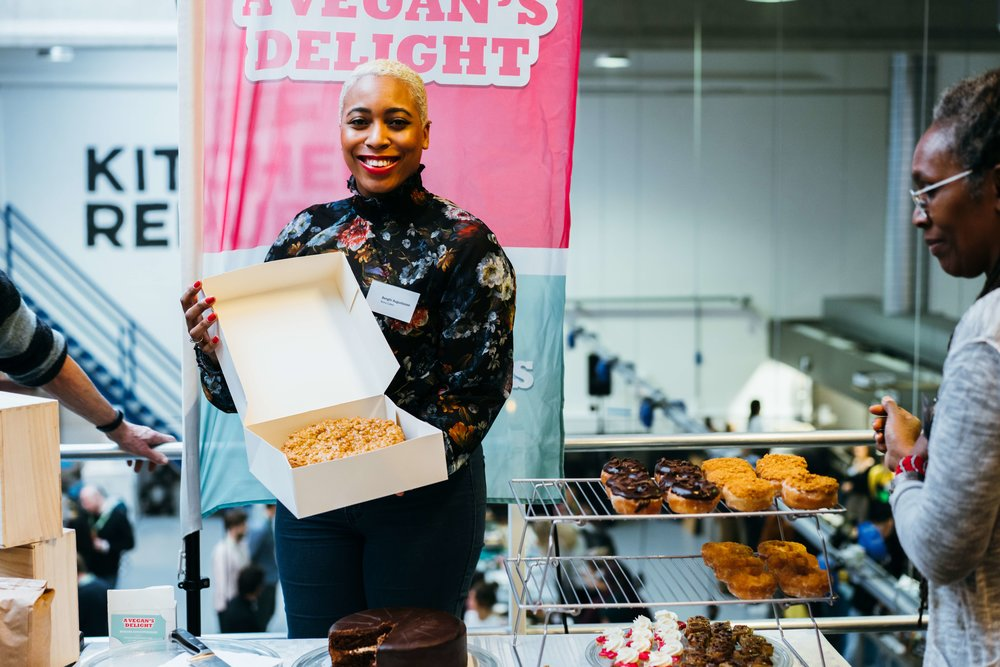 Academy grad and KR member, Benghi of  NoNo Cakes.