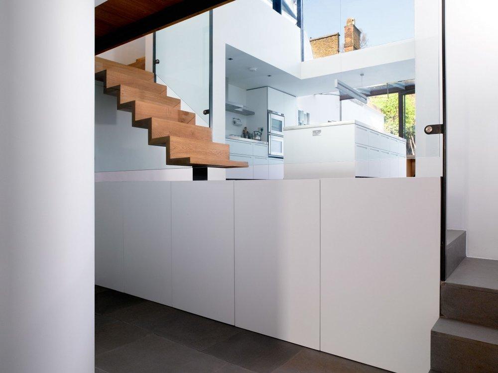 mikhail-riches-terrace-house-004-1200x900.jpg