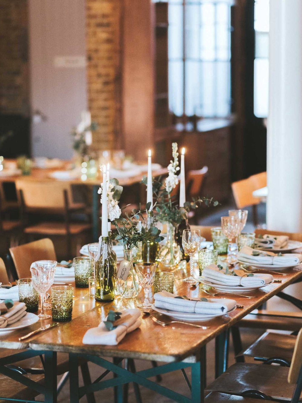 WEDDINGS & PRIVATE PARTIES - Delivering sensational food and front of house service to make your special day run smoothly. We focus on:WeddingsCorporate EventsPrivate Parties