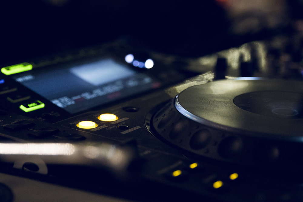 Traditional Pomotion - Experienced in Dance Music promotion and Journalism for over 20 years.