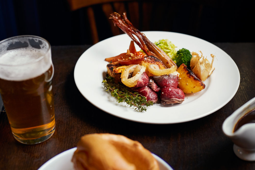 SUNDAy Roast menu -