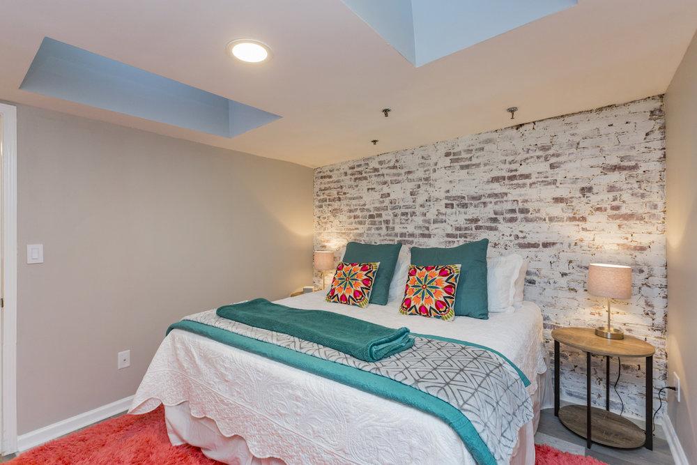 bedroom23.jpg