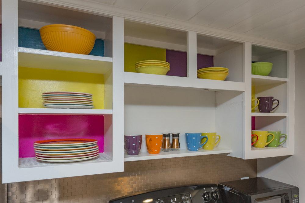 kitchencabs.jpg