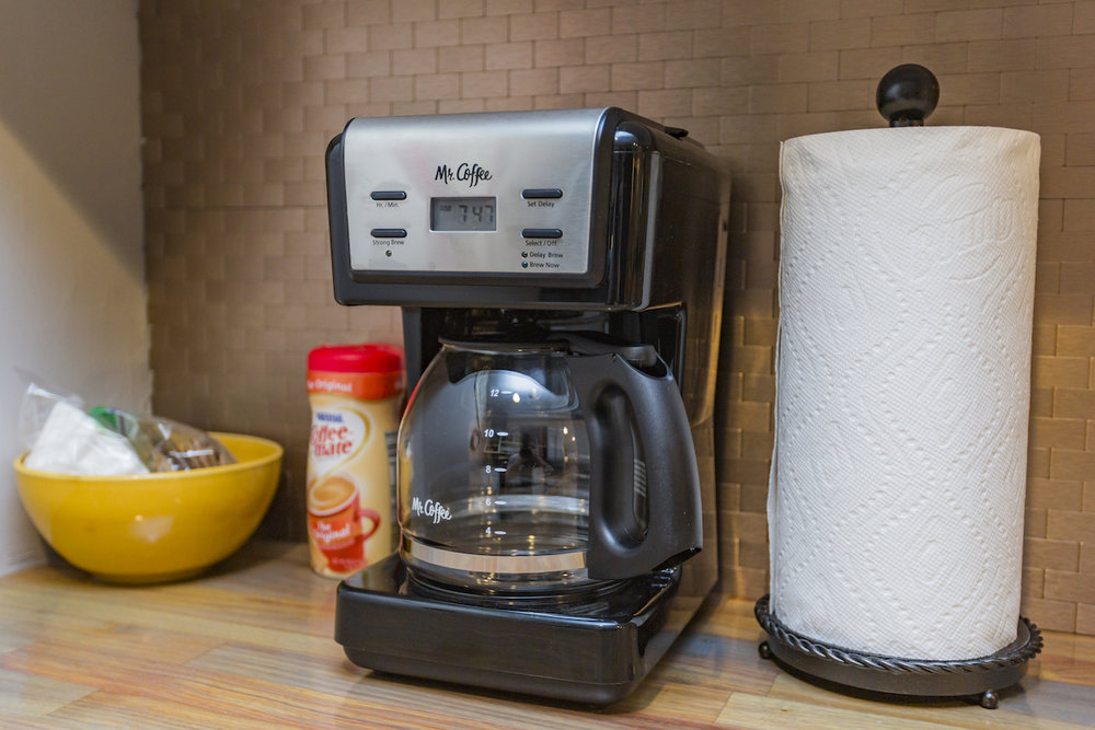 kitchencoffeemaker.jpg