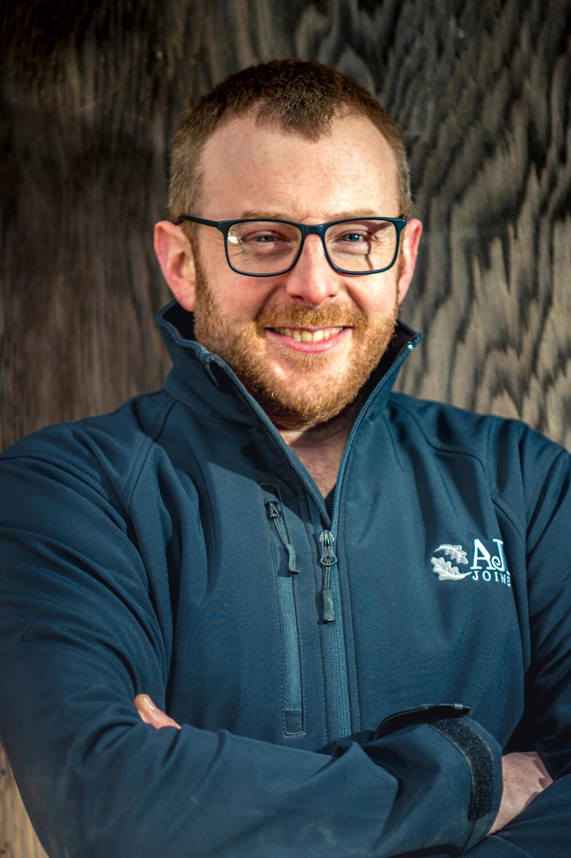 Allan John Ball - Expert joiner & maker of bespoke furniture.