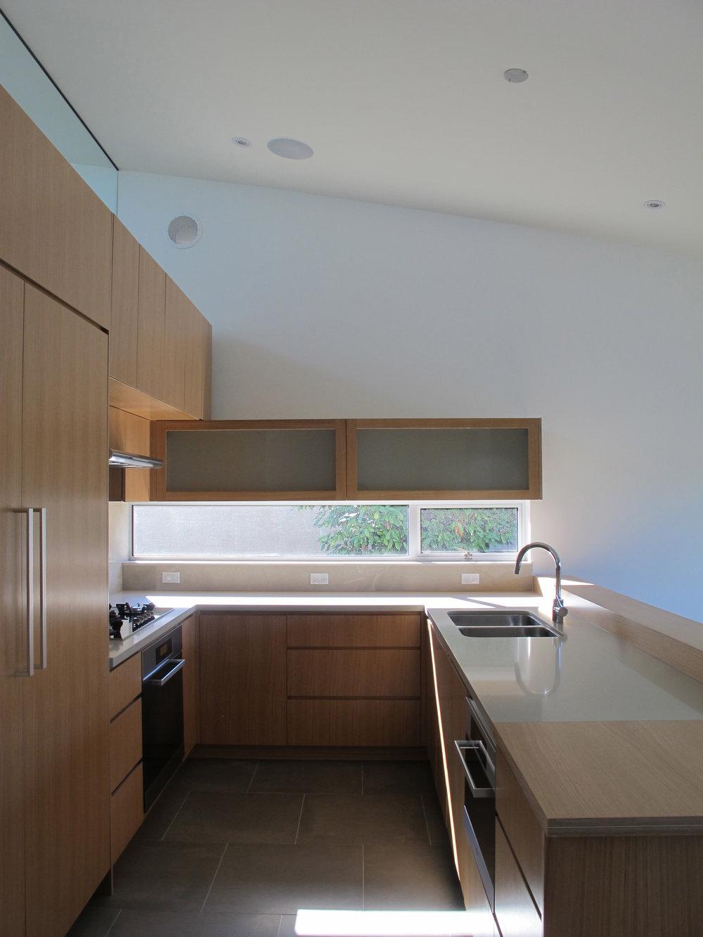 Highlawn kitchen-2 HR 2500x1875.jpg