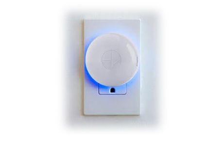 Extend Your Signal - The PowerView® Repeater extends the signal range of the Hub to carry commands throughout your home. Added bonus: its soft glow provides customized illumination when plugged into any outlet.