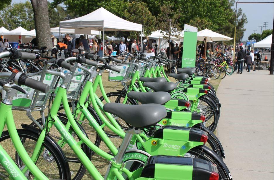 Car-Free in Santa Monica   Santa Monica Travel + Tourism
