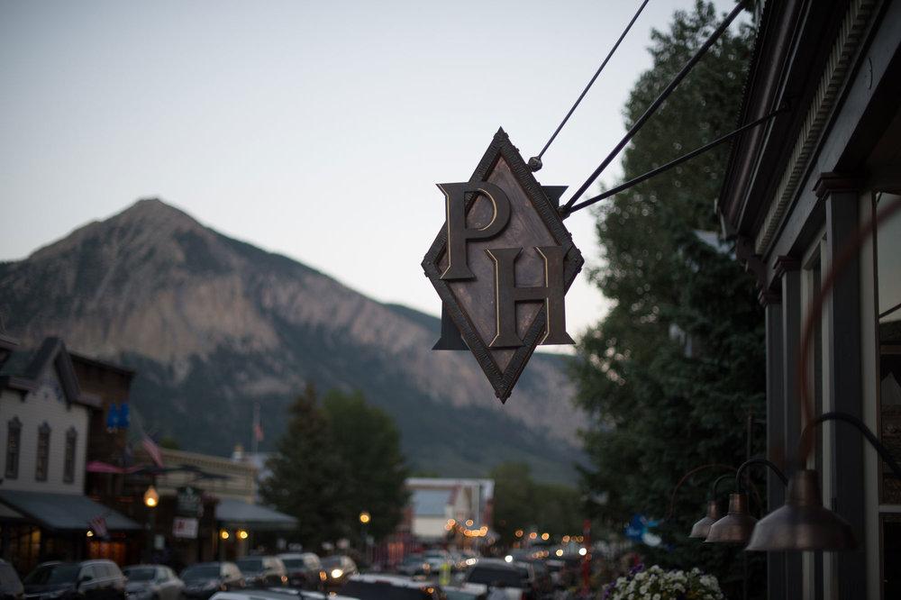 ph-sign-mountain.jpg
