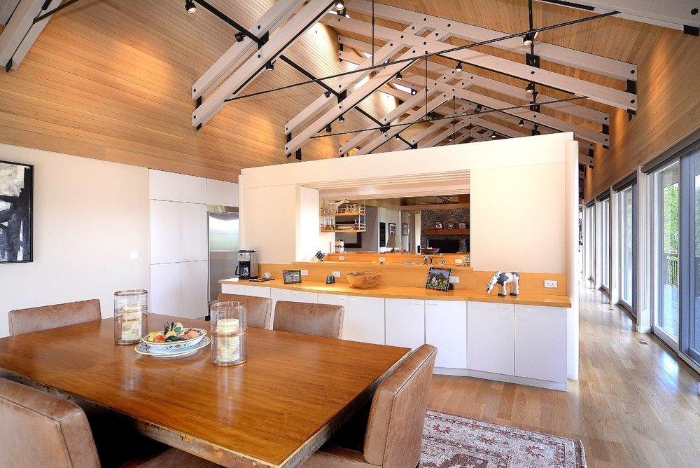 2255 Wildcat_05 dining room.jpg
