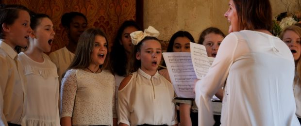 The-Choir-at-Leez-Priory-620x260.jpeg