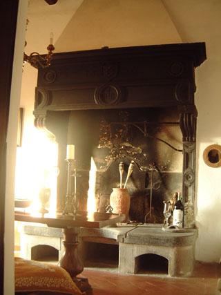 fireplace_3.jpg