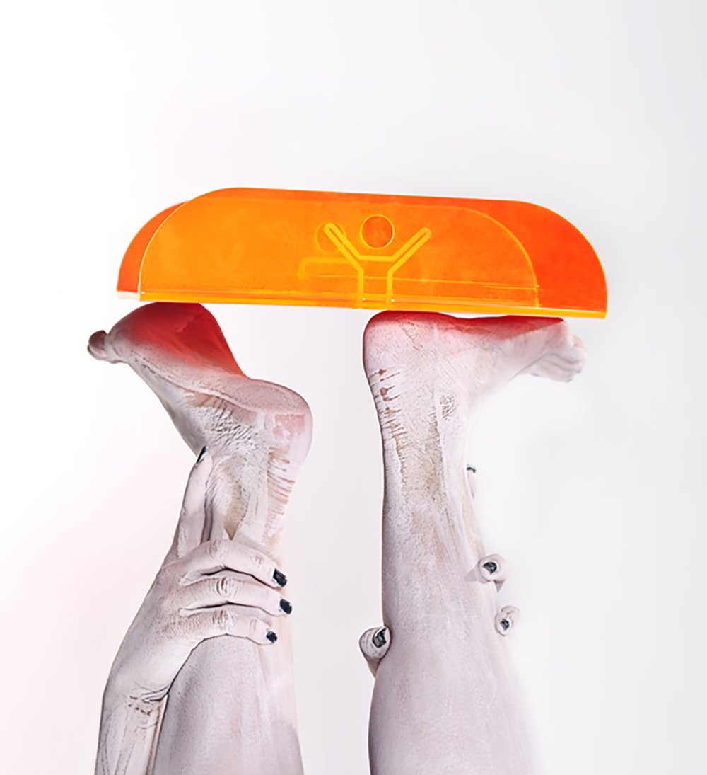 Roby'story - YinYang tray - RARO Design Collection 1.jpg