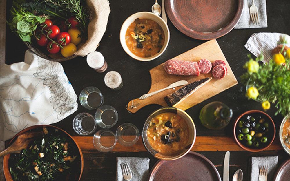 dinner-party-essentials-leah-verwey.jpg