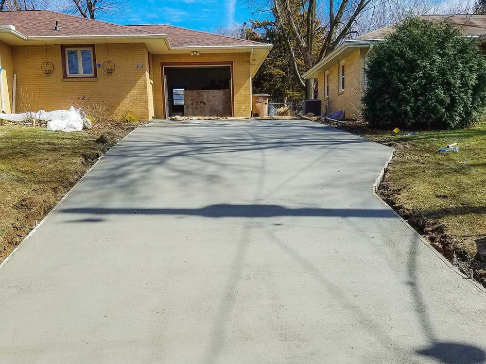 Service You Can Trust - When you hire us, you can rest easy knowing that your concrete project will stay on time and on budget; without sacrificing quality.