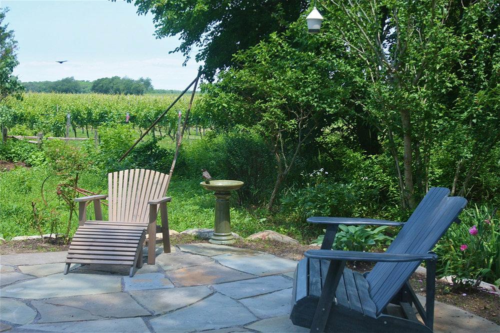 Bird Bath and chairs.jpg