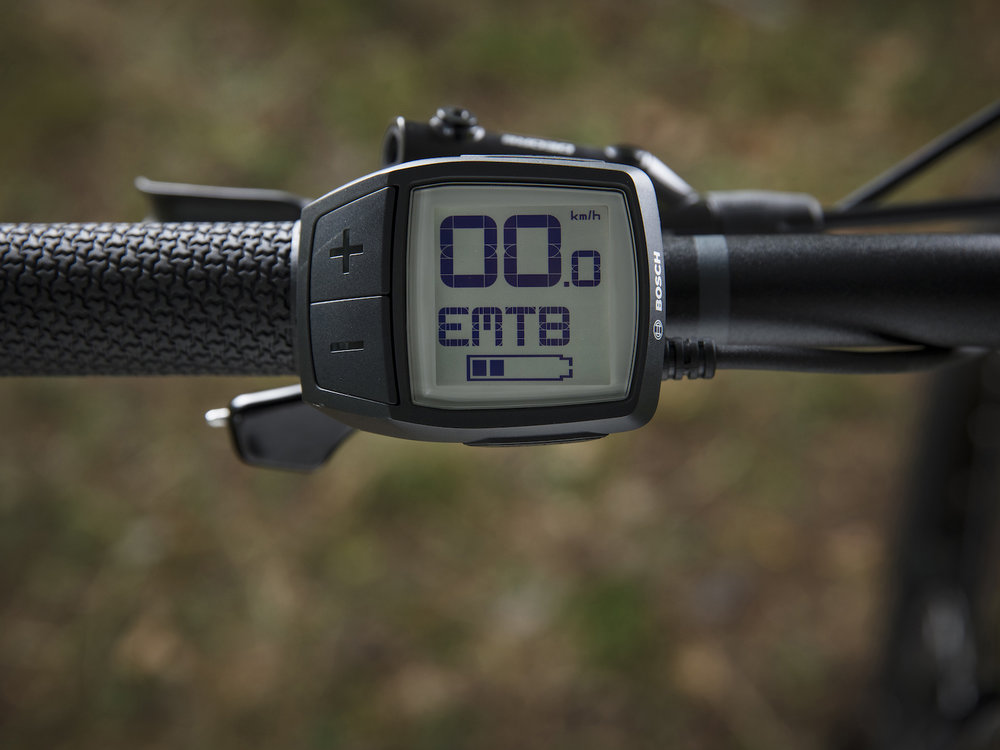 Starter - Eerste kennismaking en beleven!Grondige uitleg over het efficiënt gebruik van een e-mountainbike. Accu, remmen, schakelsysteem dropper, banden en vering komen uitgebreid aan bod. Na de theorie volgt de praktijk. Off road maken we kennis met de systemen van de e-bike. We ondervinden het verschil tussen een fullsuspension en hardtail e-bike.Doelstelling: de mogelijkheden en plezier van e-mountainbiken ontdekken.