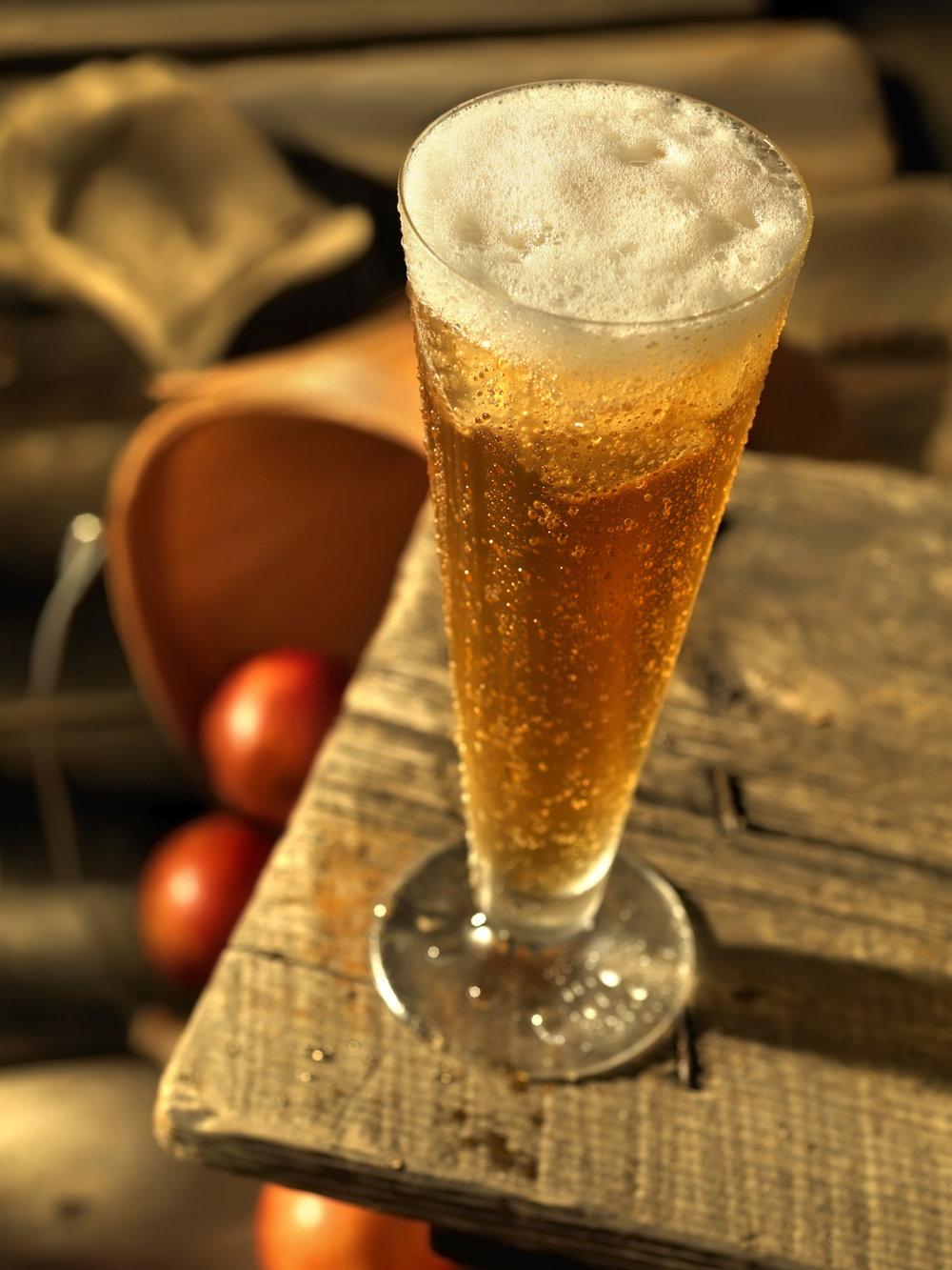 Apple-Cider-on-the-Porch-157428974_5412x7216.jpeg