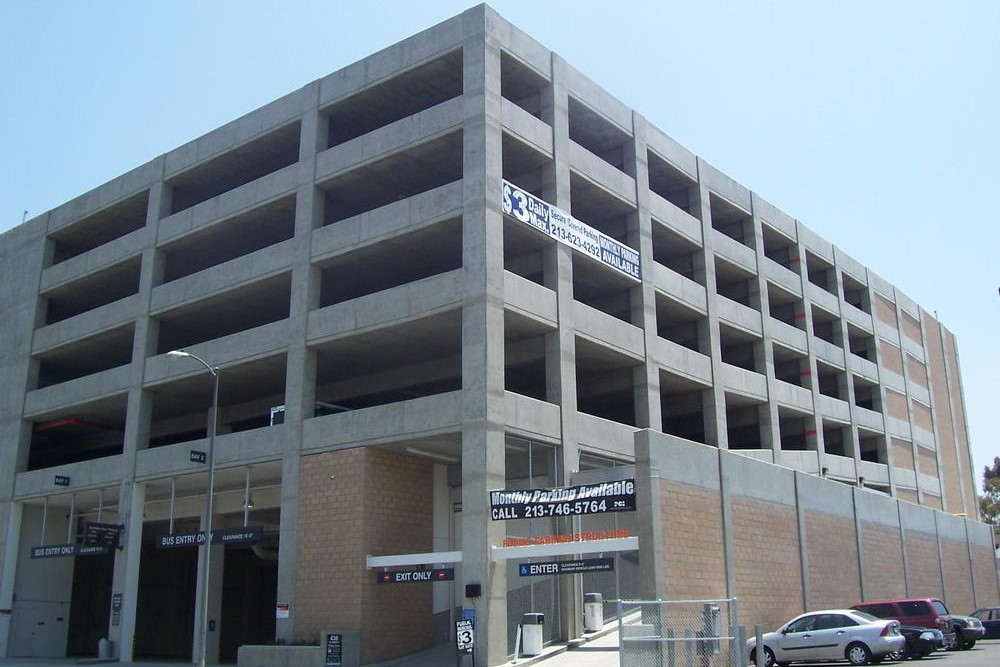 636 MAPLE STREET PARKING STRUCTURE - Los Angeles, CASeven story post-tensioned concrete structure for 421 cars.Contractor: ARB STRUCTURESArchitect: INTERNATIONAL PARKING DESIGN (IPD)