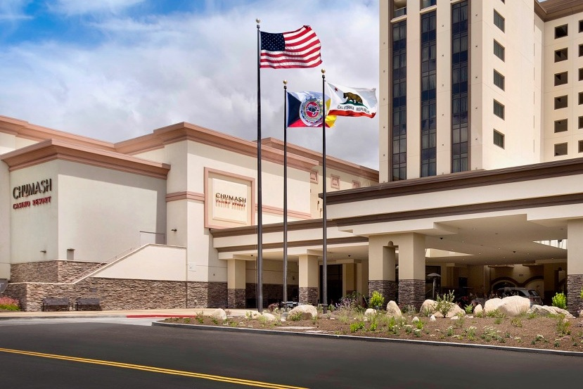 CHUMASH CASINO RESORT - Santa Ynez, CASingle story structural steel building supported on a post-tensioned concrete slab over one level of parking, totaling approximately 260,000 square feet.Contractor: PERINI BUILDING COMPANYArchitect: THALDEN BOYD ARCHITECTS