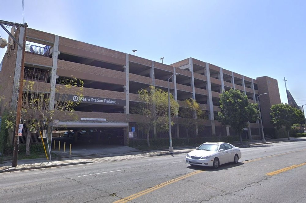 WEST ANGELES CATHEDRAL PARKING STRUCTURE - Los Angeles, CASix story post-tensioned structure with precast columns and beams and cast-in-place, post-tensioned slabs for 503 cars.Contractor: PCLArchitect: HNA/PACIFIC
