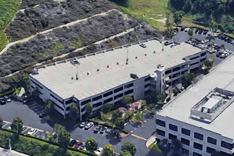 OPUS GATEWAY CORPORATE CENTER LOT 23 PARKING STRUCTURE - Diamond Bar, CAFour story post-tensioned concrete structure for 411 cars.Contractor: BOMEL CONSTRUCTIONArchitect: INTERNATIONAL PARKING DESIGN (IPD)