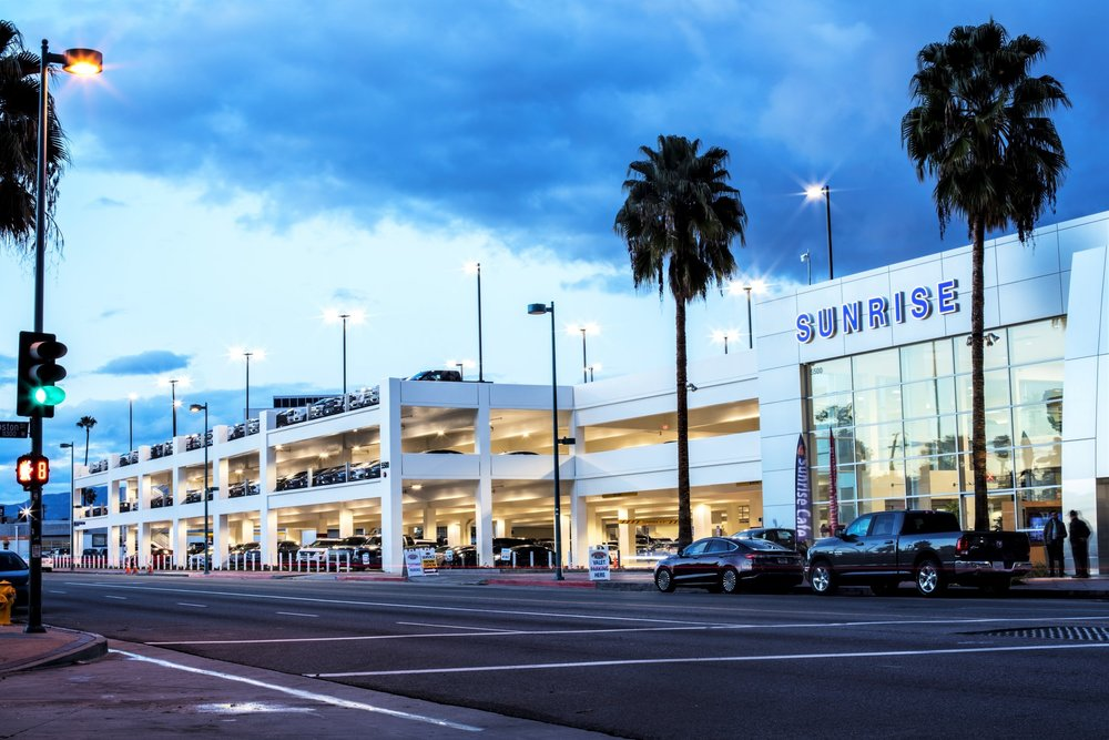 SUNRISE FORD NEW VEHICLE WAREHOUSE PARKING STRUCTURE - North Hollywood, CA:Three story post-tensioned concrete structure for 285 cars.Contractor: BOMEL CONSTRUCTIONArchitect: PARKING DESIGN SOLUTIONS (PDS)