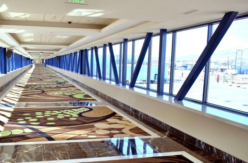 ConventionCenterSkybridge.JPG