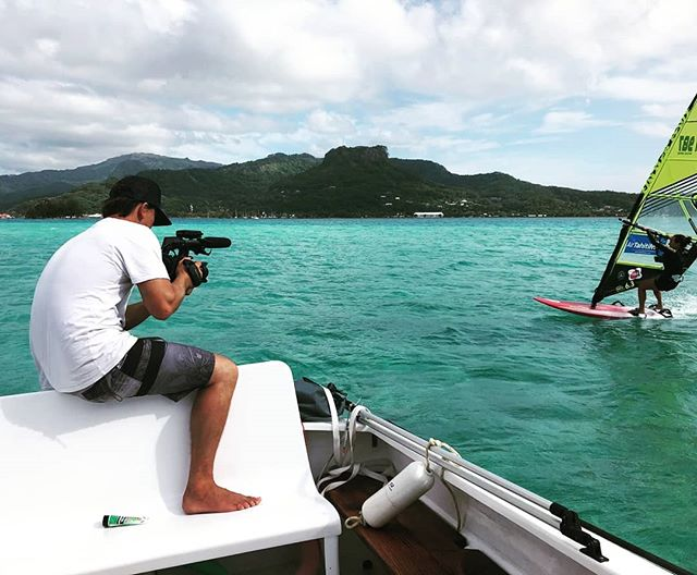 Day 15 was a stormy session with @mathildezampieri ⚡🌊🌬 #windsurfing #windsurfer @airtahitinui @nesianlife @liftedfilmsmedia #documentary #filming #filmmaking #film #director #epic #awesome #dowhatyoulove