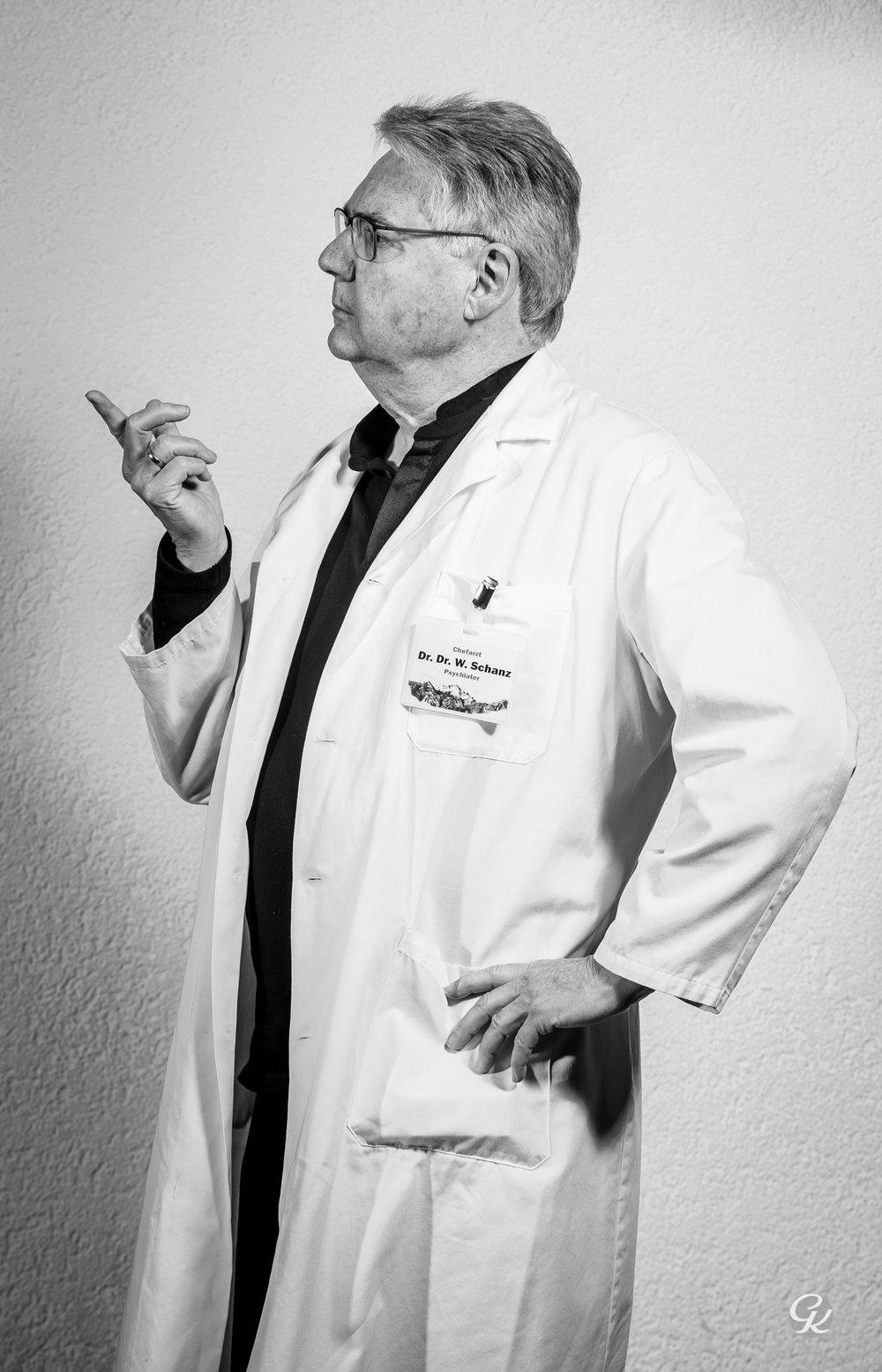 """Kari Mühlebach """"Dr. Dr. Schanz"""""""