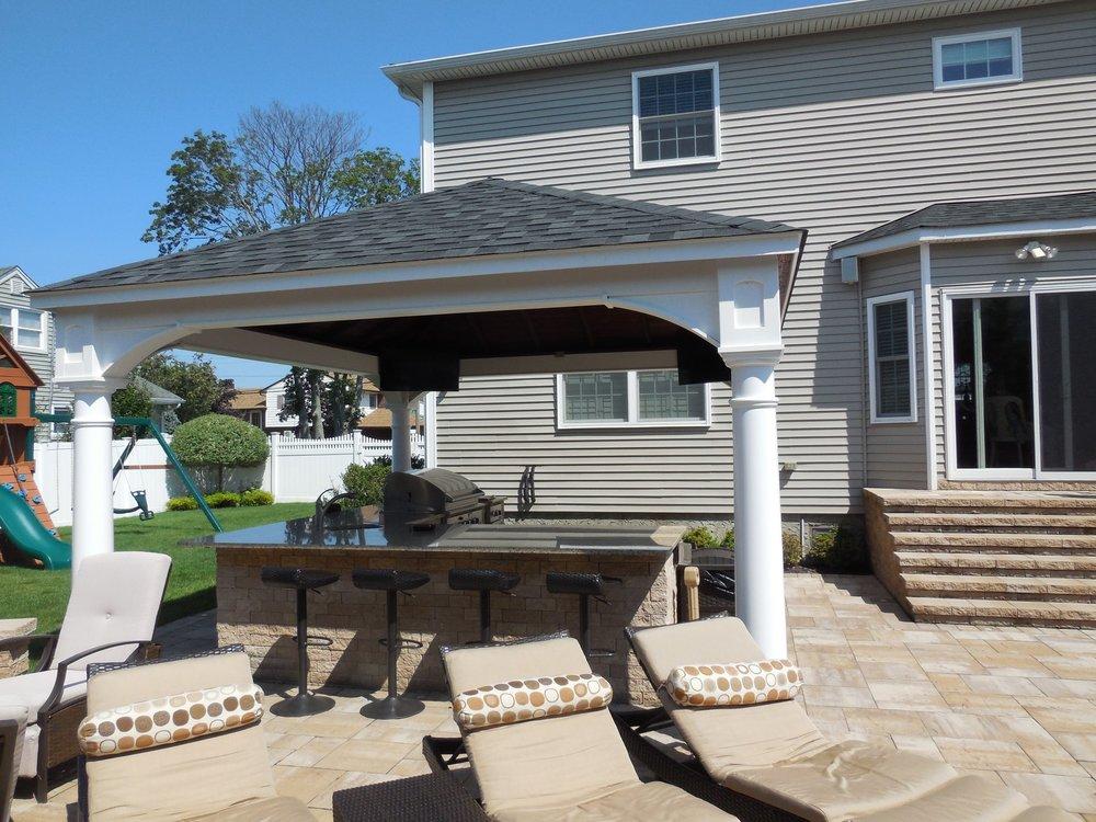 14x16 pavilion with round columns.jpg