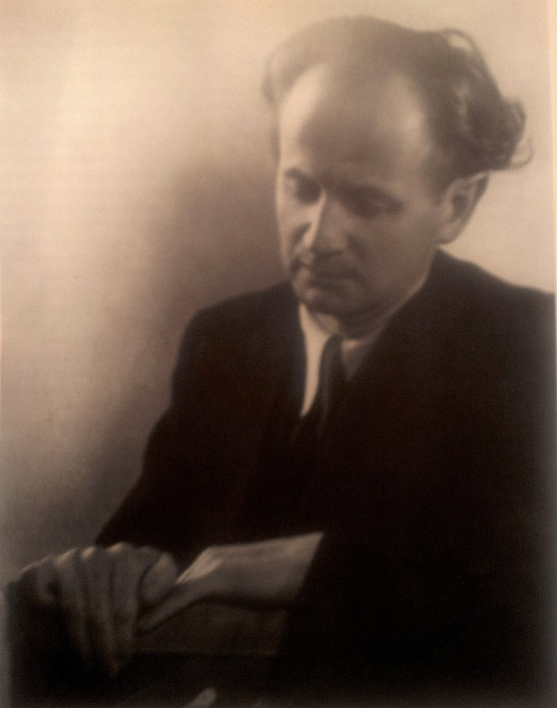 Wilhelm Kempff (1895-1991) was a master at spiritual illumination of music, and a poetic messenger of its essence. He was at his best in concert.