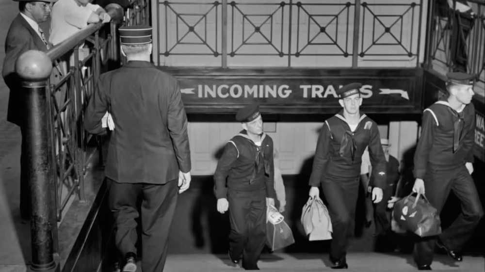 At its peak in 1945, the station handled 100 million passengers in a single year, an average of 274,000 per day.