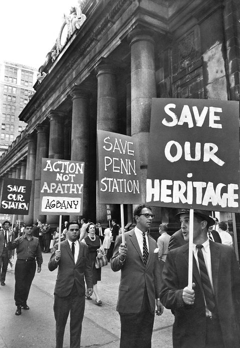 The protests in 1963 were apparently carried out by very well-dressed people