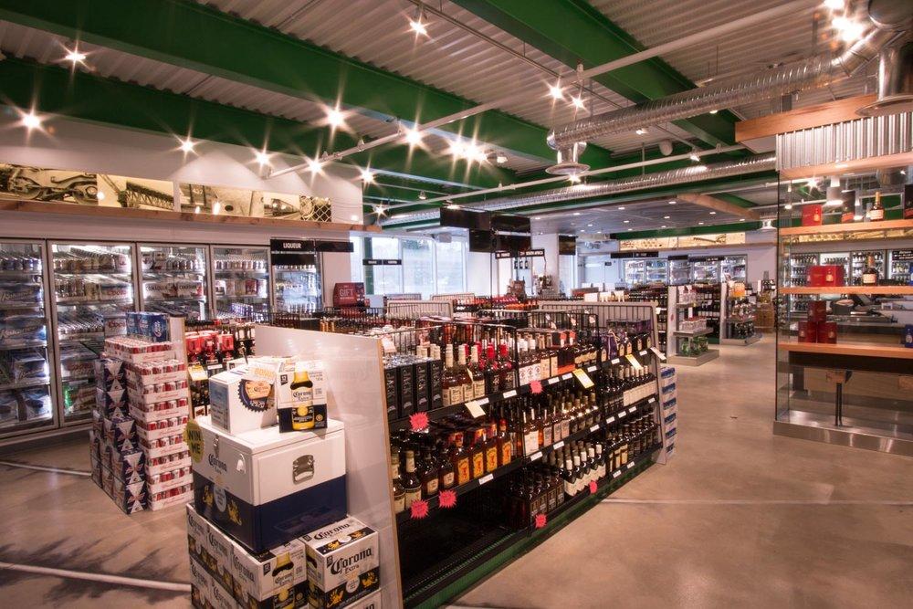 tobys-liquor-store-1086.jpg