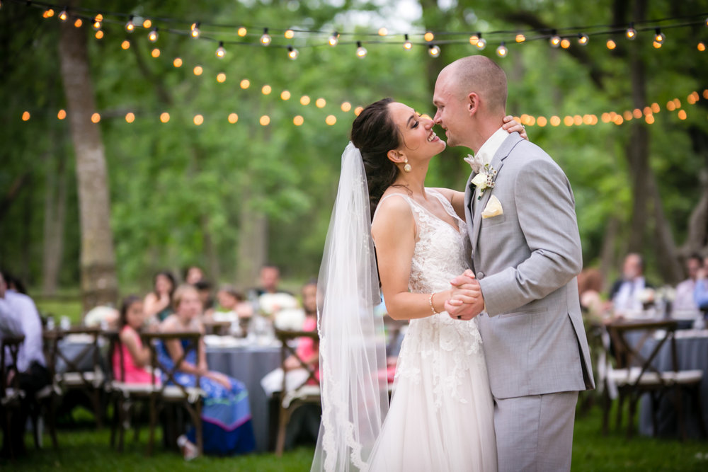 Texas Outdoor Wedding Photographers Plum Tree Studios