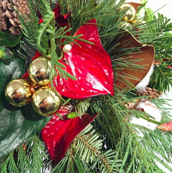 Holiday designssunday, december 1, 201910 am to 3 pm - Instructors Melissa Cristina and Rada Ristich will take students through two festive designs, suitable for the upcoming winter holiday season.