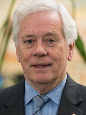 Emeritus Professor Barry McGaw AO