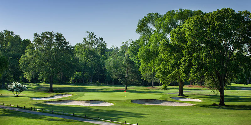 The downhill, well bunkered par 3 13th hole (picture from  winecountry.com )