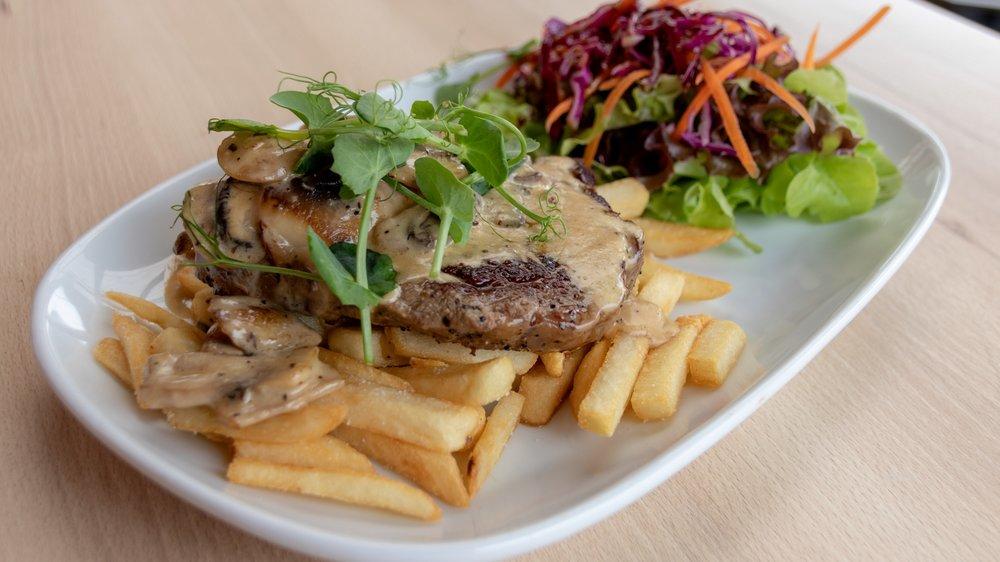 Levin Cafe Steak.png